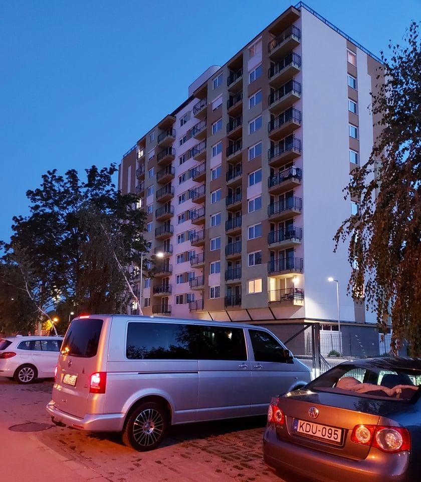 Kiadó vadonatúj apartman Siófokon az Ezüstpart egyik legszebb részén!