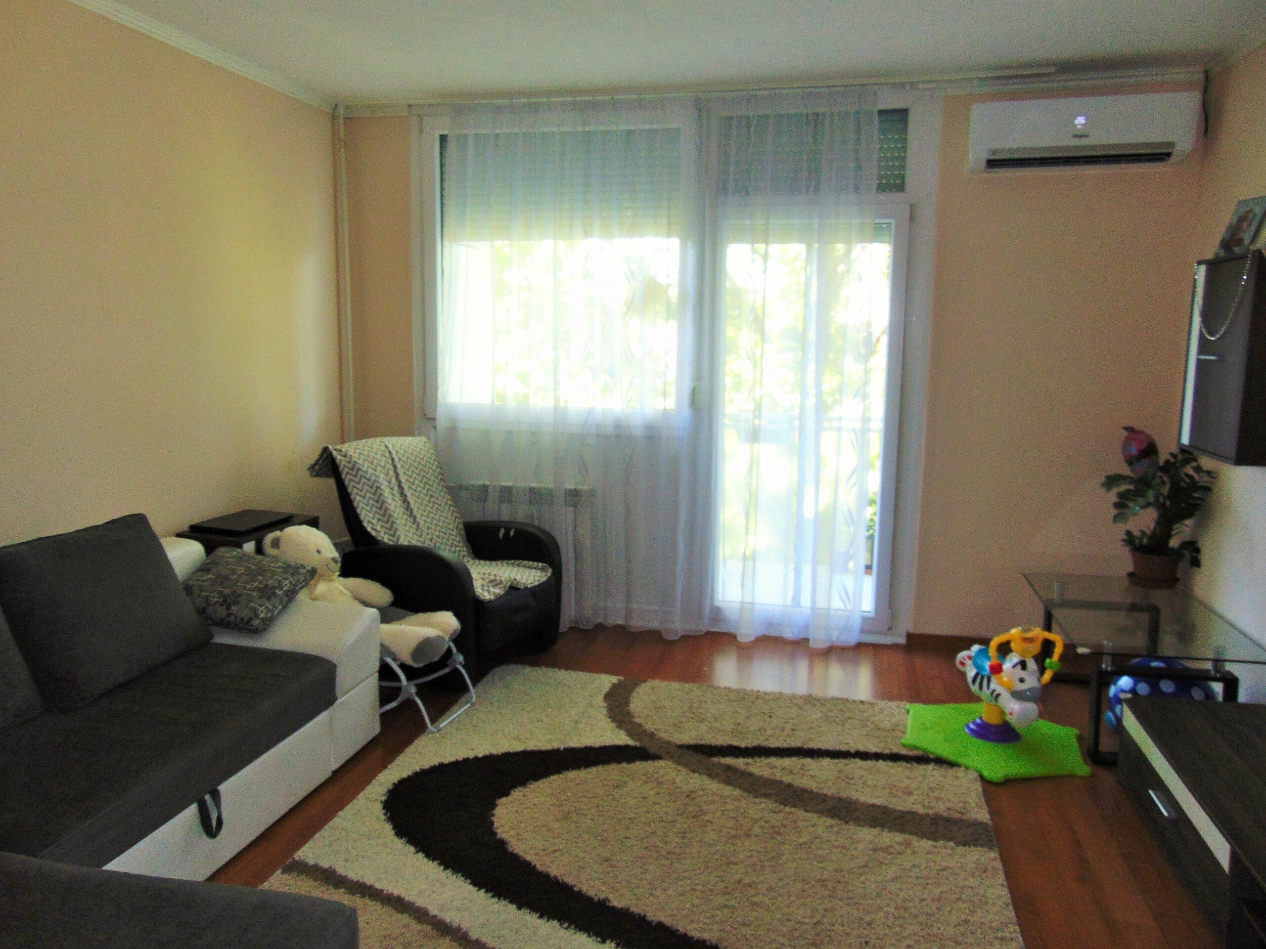 Eladó 1+2 fél szobás erkélyes lakás a Széchenyivárosban!