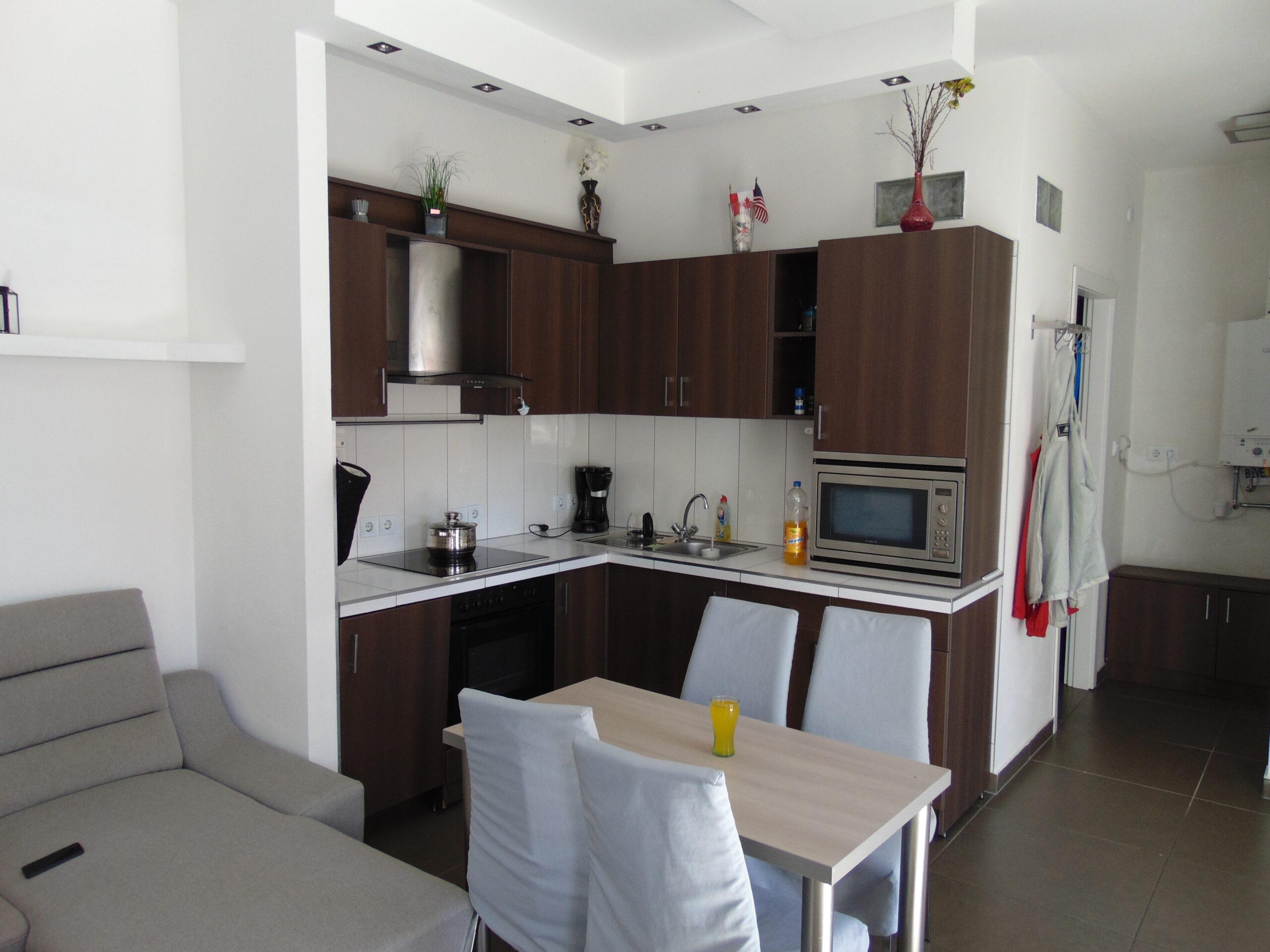 Eladó 2 szobás lakóház Kecskemét Rákóczi utca!